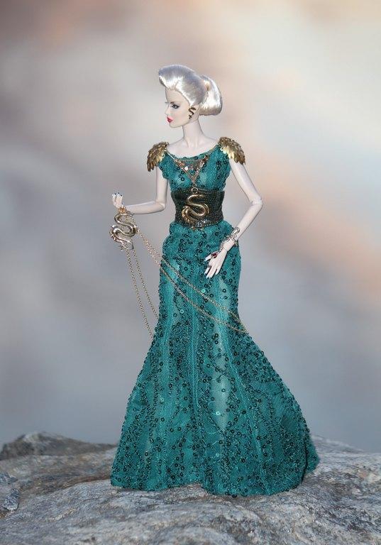 Fashion Royalty - Sivu 12 GoldenLamp%20Veronique%20L2