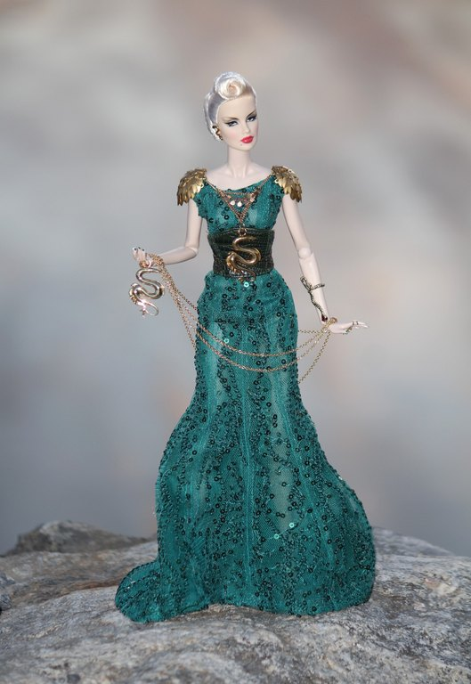 Fashion Royalty - Sivu 12 GoldenLamp%20Veronique%20L5a