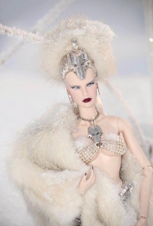 Fashion Royalty - Sivu 9 SheWolf%20Ll4