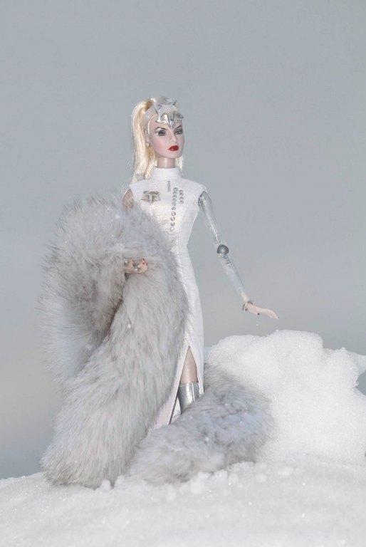 Fashion Royalty - Sivu 9 SilverFox%20Agnes%20L1