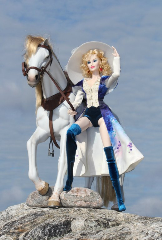Fashion Royalty - Sivu 9 Touch%20of%20Whimsy%20L4