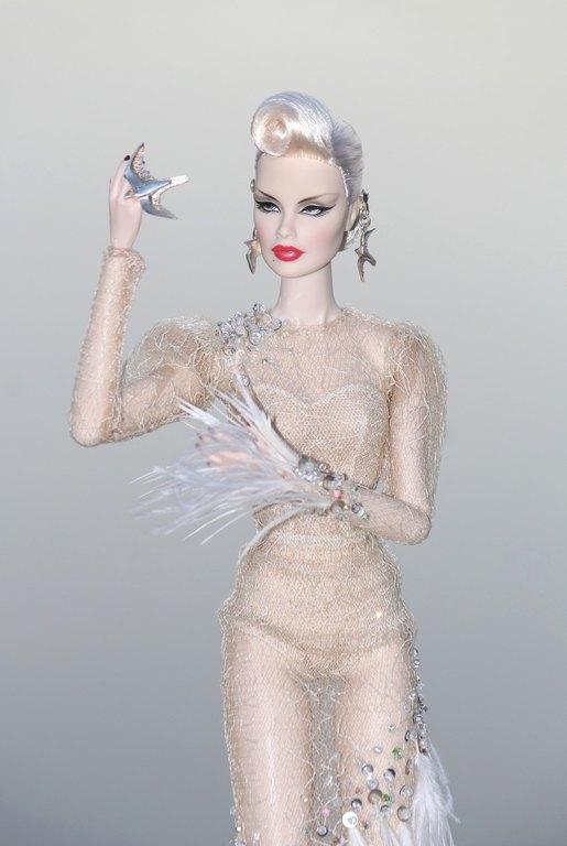 Fashion Royalty - Sivu 12 Veronique%20HopeaHaukka%20L1