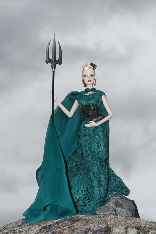 Fashion Royalty - Sivu 9 Veronique%20SeaDevil%20Ls1