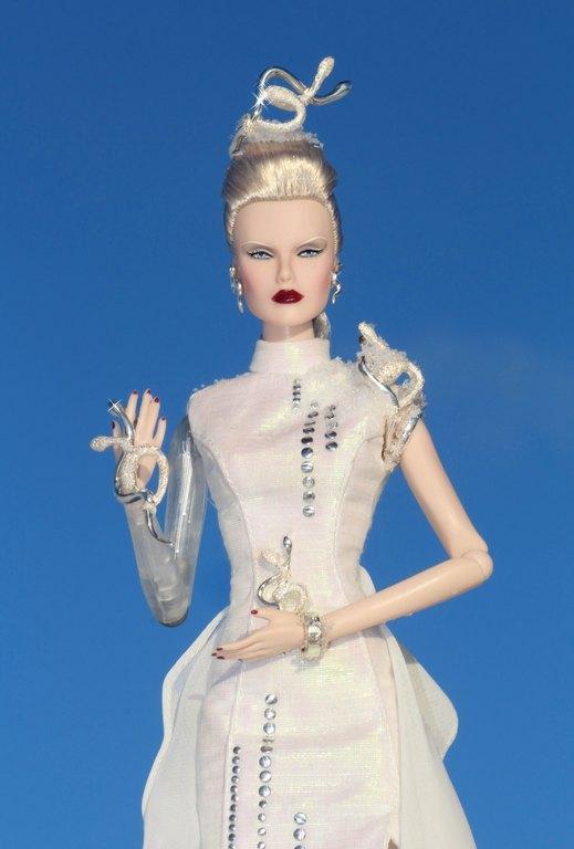 Fashion Royalty - Sivu 12 Dasha%20Goddess%20of%20Spawning%20p2