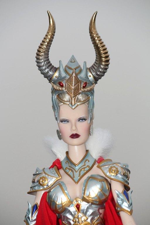 Fashion Royalty - Sivu 11 Dasha%20MajesticC%20L3