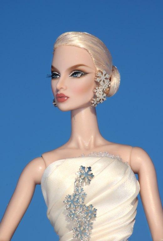 Fashion Royalty - Sivu 13 Eugenia%20SilverSnow%20pb4