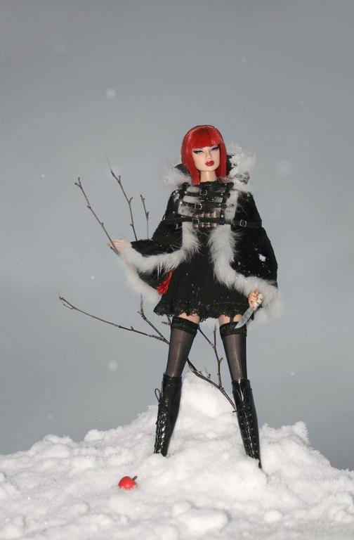 Fashion Royalty - Sivu 11 Eugenia%20WildWolf%20Lj3