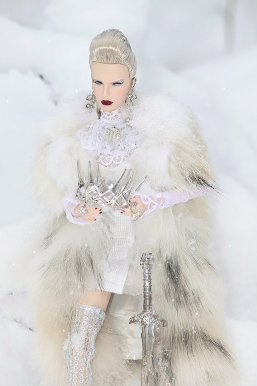 Fashion Royalty - Sivu 13 Legend%20of%20The%20Northern%20Queen%20p4