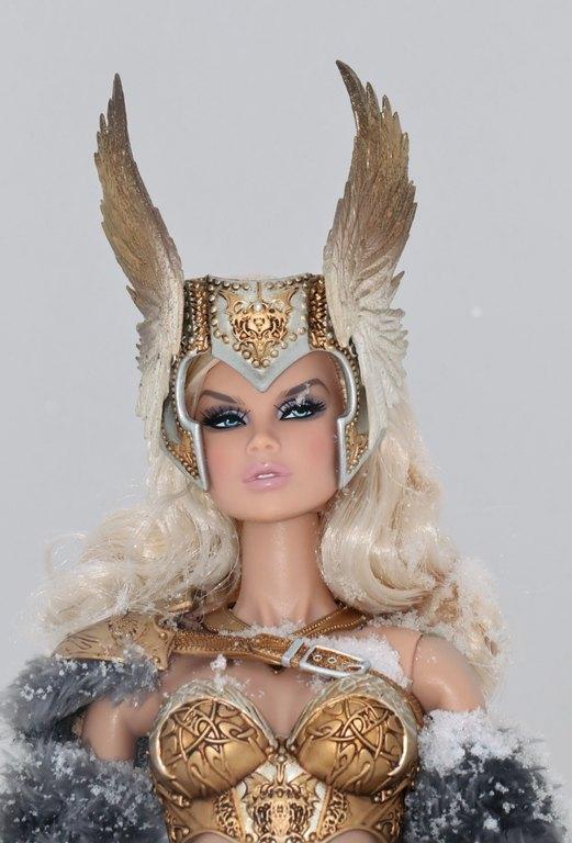 Fashion Royalty - Sivu 13 Vanessa%20Skarah%20p4