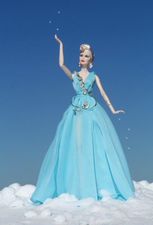 Fashion Royalty - Sivu 11 Veronique%20BlueLight%20L1