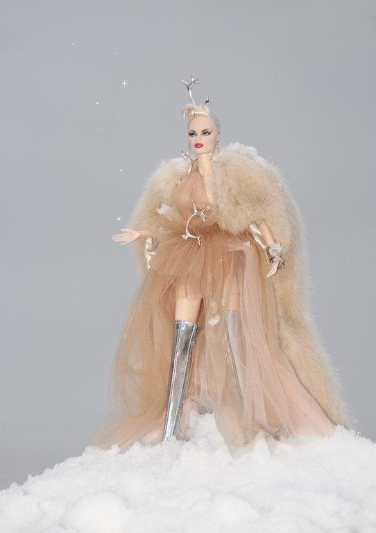 Fashion Royalty - Sivu 12 Veronique%20Peuratar%20Lj1