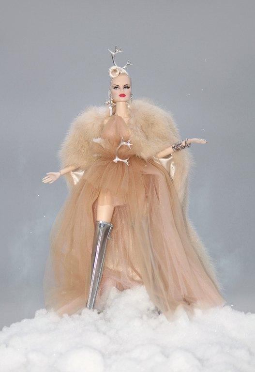 Fashion Royalty - Sivu 12 Veronique%20Peuratar%20Lj3