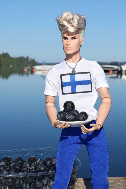 Fashion Royalty - Sivu 9 Suomi100%20mustikka%20L6
