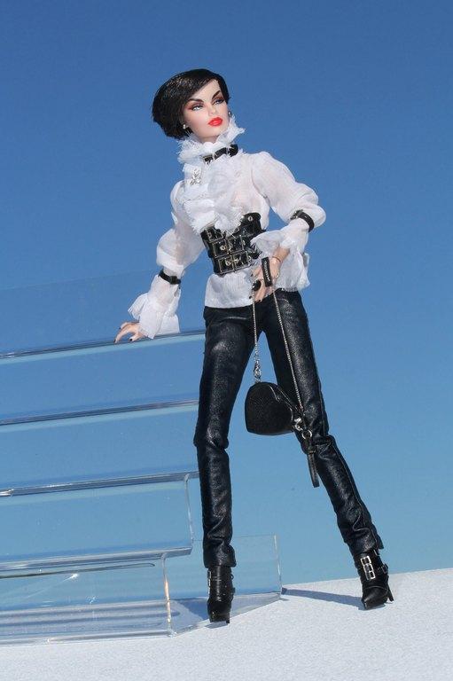 Fashion Royalty - Sivu 9 Vanessa%20BWRock%20Ll1