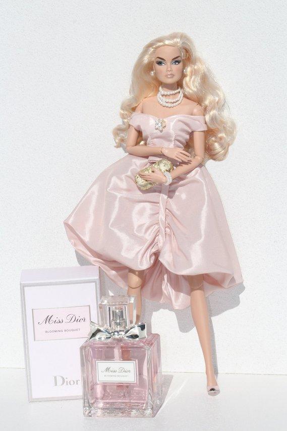 Fashion Royalty - Sivu 8 Veronique%20Dior%20t1