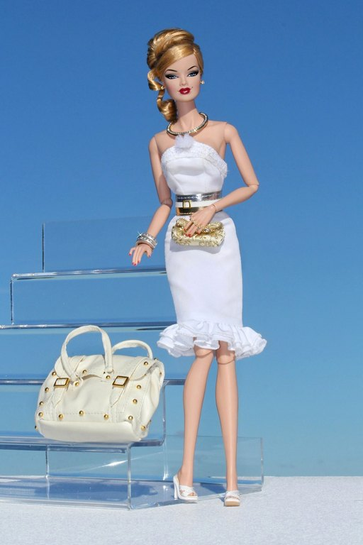 Fashion Royalty - Sivu 9 Veronique%20Diamonds%20L1