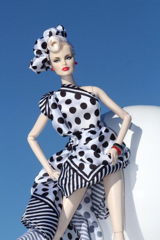Fashion Royalty - Sivu 11 Veronique%20MarineDots%20L2