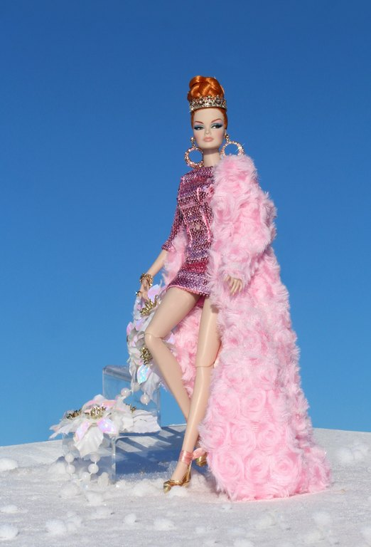 Fashion Royalty - Sivu 12 Veronique%20RoyalPink%20p1