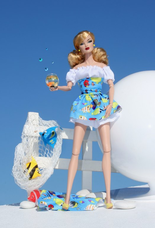 Fashion Royalty - Sivu 13 Veronique%20colourful%20fish%20p1
