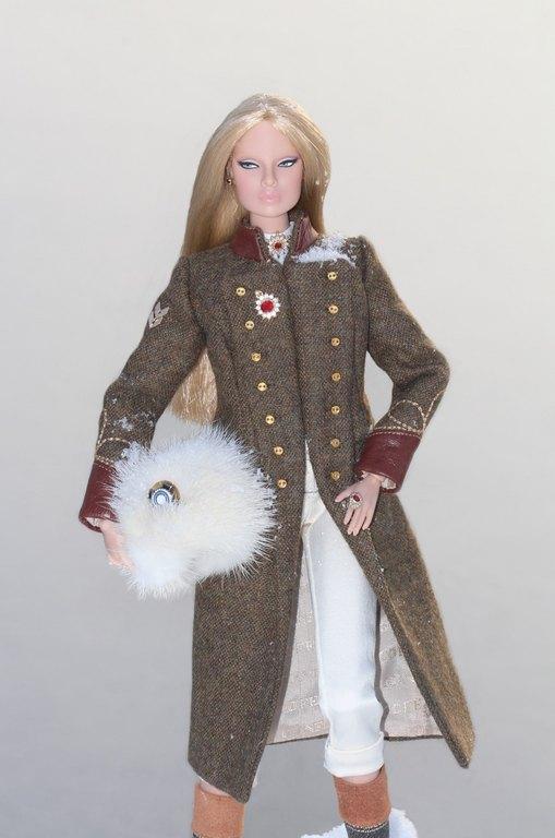 Fashion Royalty - Sivu 12 EugeniaFF%20Army%20L5
