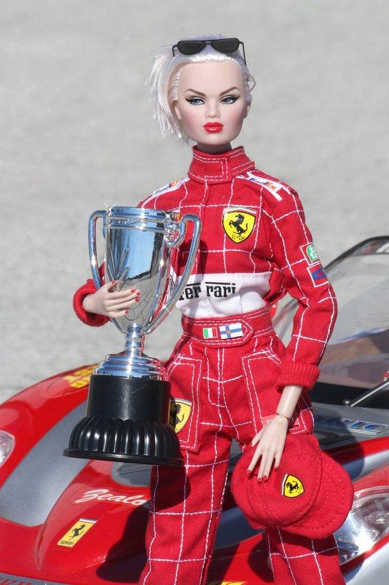 Nu.Face & Nu.Fantasy - Sivu 3 Ferrari%20Karolin%20p5
