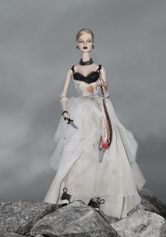 Fashion Royalty - Sivu 13 Eugenia%20Vampire%20of%20The%20Deep%20p3