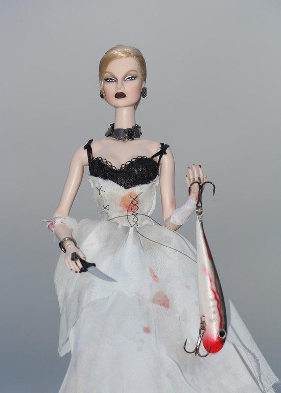 Fashion Royalty - Sivu 13 Eugenia%20Vampire%20of%20The%20Deep%20p6