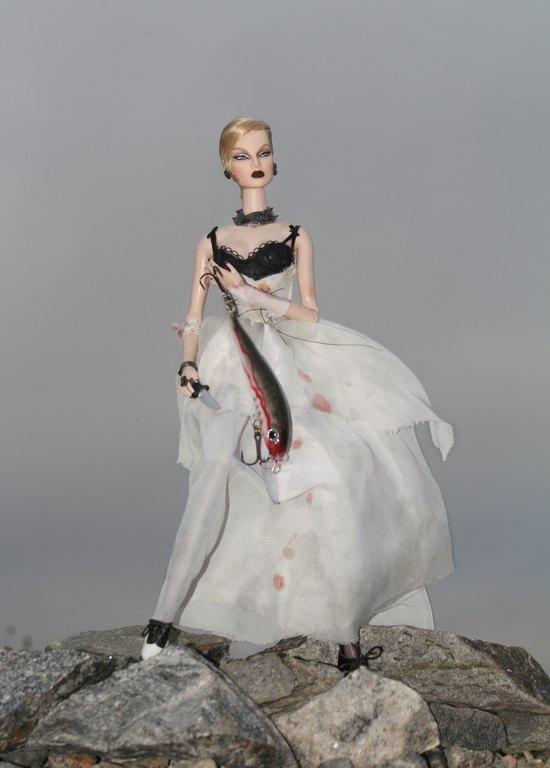Fashion Royalty - Sivu 13 Eugenia%20Vampire%20of%20The%20Deep%20p8