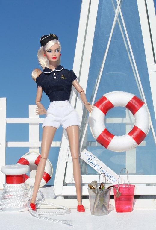 IT Poppy Parker - Sivu 14 SailorGirl%20PoppyOLL%20Ln1