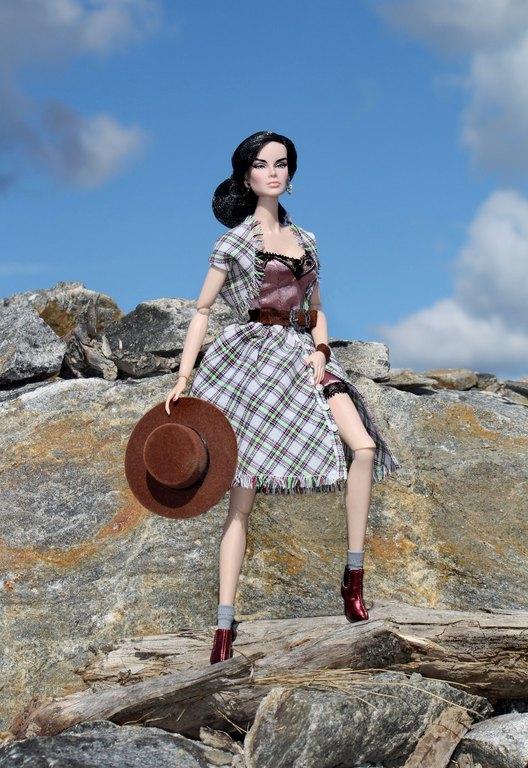 Fashion Royalty - Sivu 13 Dania%20Country%20pp1